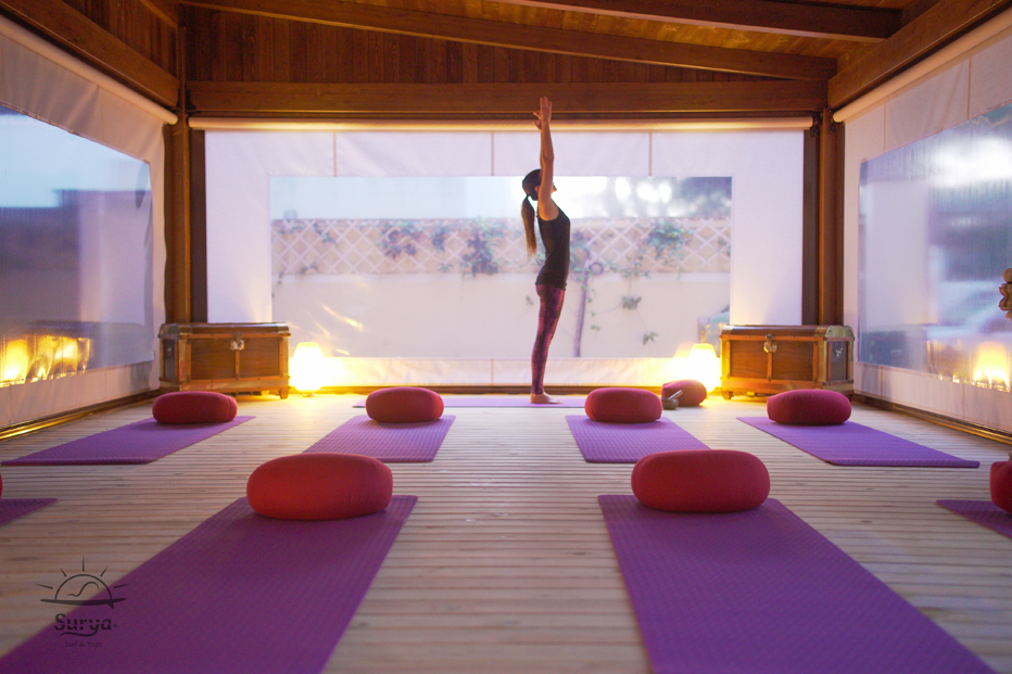Yoga surf and experiences Be Surya